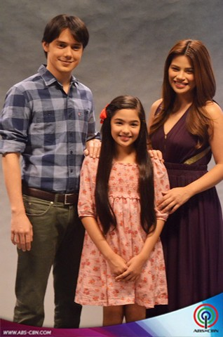 A look at the Annaliza cast photo shoot