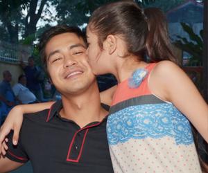 Ang mag-amang Annaliza at Guido sa set